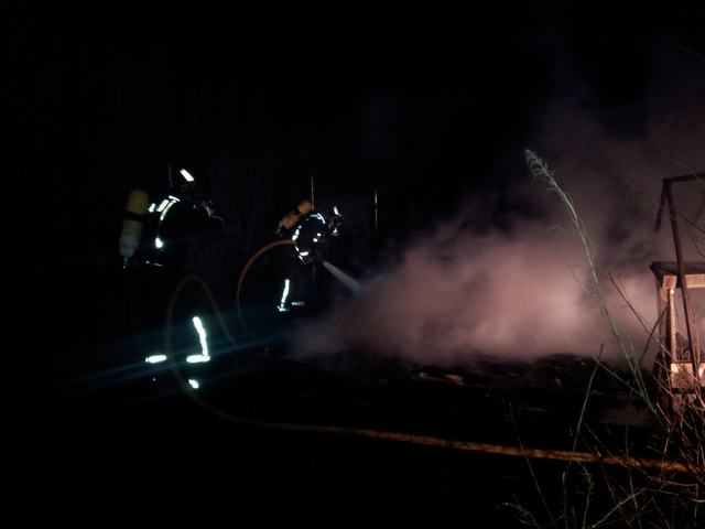Los Bomberos del Consorcio 112 del Parque de Tarancón sofocaron el incendio