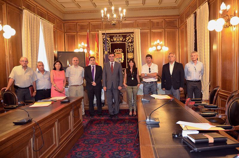 Convenio para la apertura de la oficina de turismo for Convenio oficinas